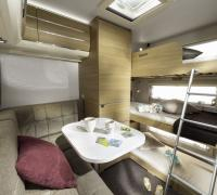 1200x798-ADRIA-FTP_PHOTOS_S18_CARAVAN_ADORA_GALLERY_7_111_ADORA_613_PK_bunk_bed_JM49653_be-nl.jpg