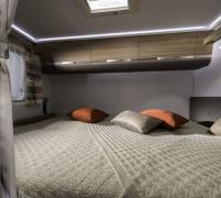 1200x798-ADRIA-FTP_PHOTOS_S18_MOTORHOME_CORAL+XL_CORAL+XL+AXESS_GALLERY_3_4205_CORAL_XL_AXESS_670_SP_rear_bed_JM40664.jpg