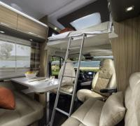 1200x798-ADRIA-FTP_PHOTOS_S18_MOTORHOME_CORAL+XL_CORAL+XL+AXESS_GALLERY_4_4203_CORAL_XL_AXESS_670_SP_dinette_JM40659.jpg
